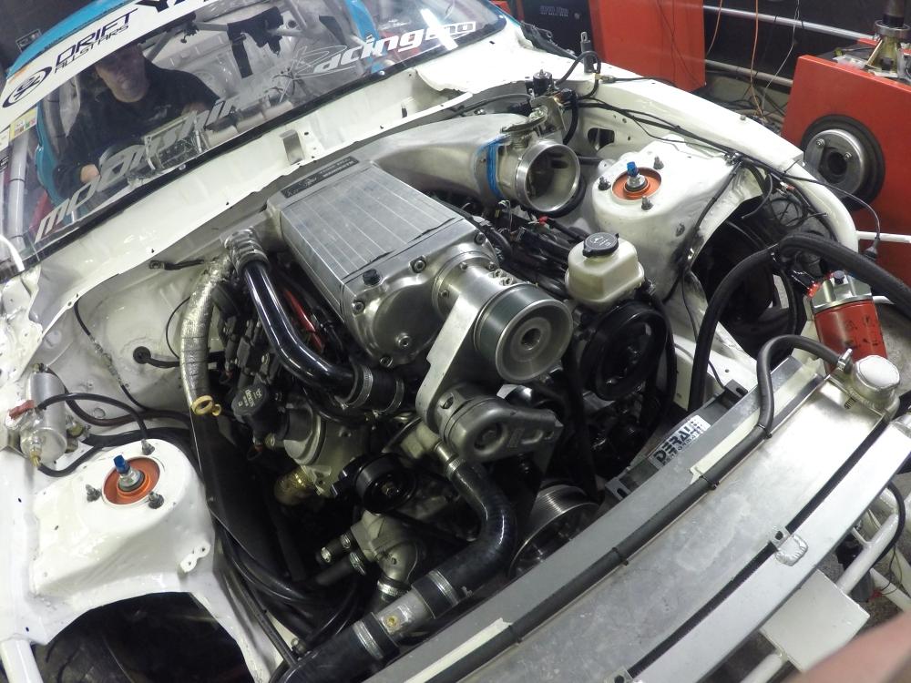 Minges Universal Service LS3 forged V8 Toyota Soarer